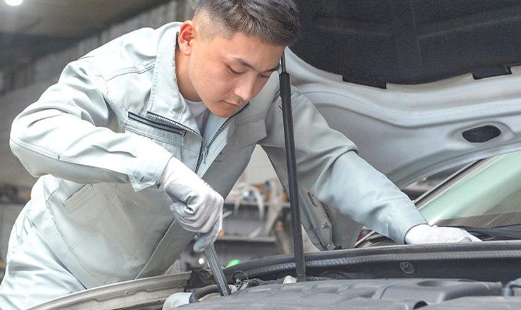 外国人自動車整備士
