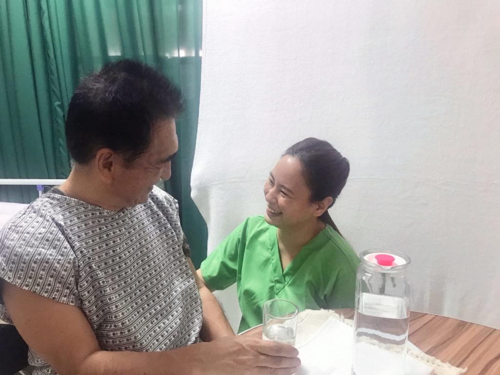 フィリピン介護の様子
